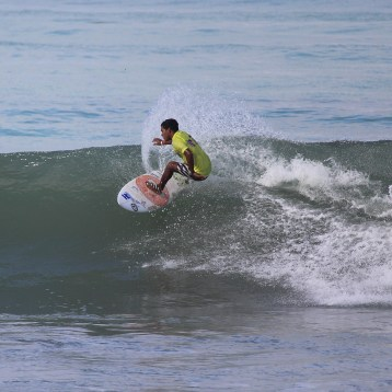 Surfing Playa Jaco Day #1 ISA world Contest 2016 046