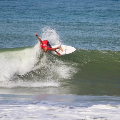 Surfing Playa Jaco Day #1 ISA world Contest 2016 070