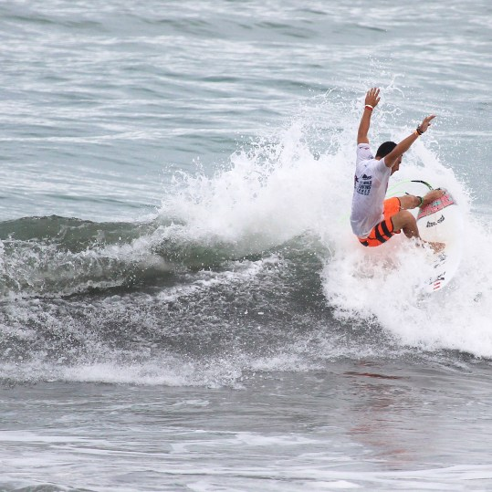 Surfing Playa Jaco Day #2 ISA world Contest 2016 013