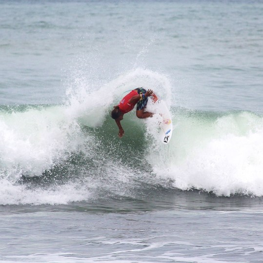 Surfing Playa Jaco Day #2 ISA world Contest 2016 022