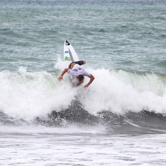 Surfing Playa Jaco Day #2 ISA world Contest 2016 097